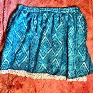 Decree teal skirt, crochet hem, sz Jr. LG
